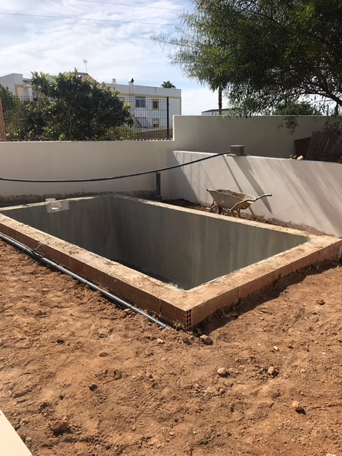 Gloednieuw gebouwd begane grond appartement in Jezus met privé zwembad