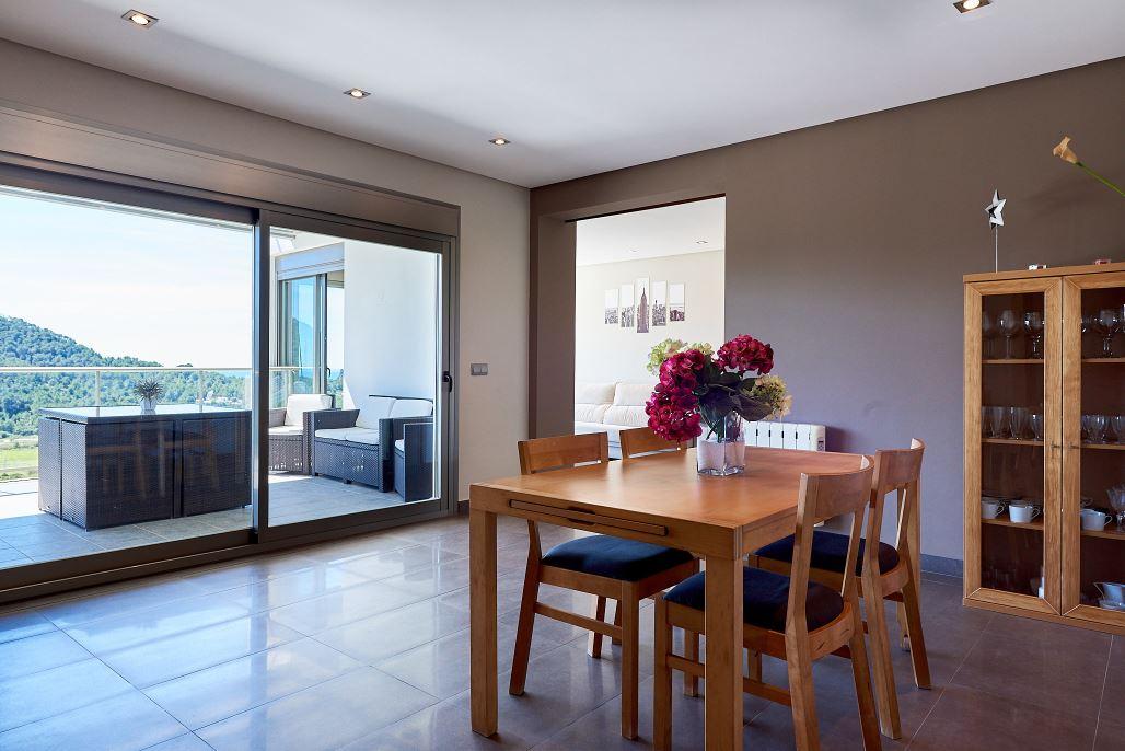 Modern huis te koop in Cala Llonga - Ibiza