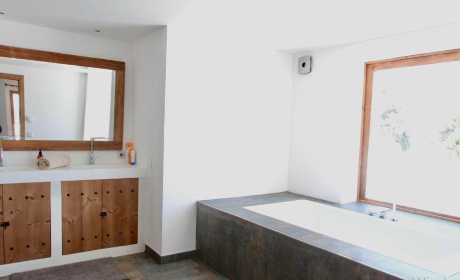 Nieuwe moderne gerenoveerde villa in San Jose met 6 slaapkamers