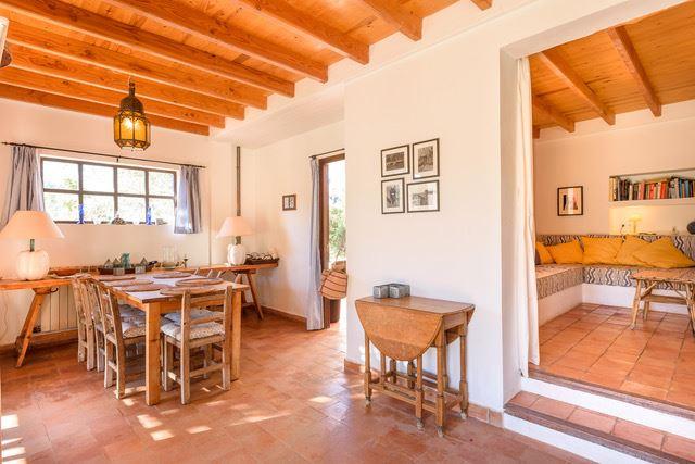 Charmant huis in Ibiza-stijl te koop in Santa Eularia, Ibiza