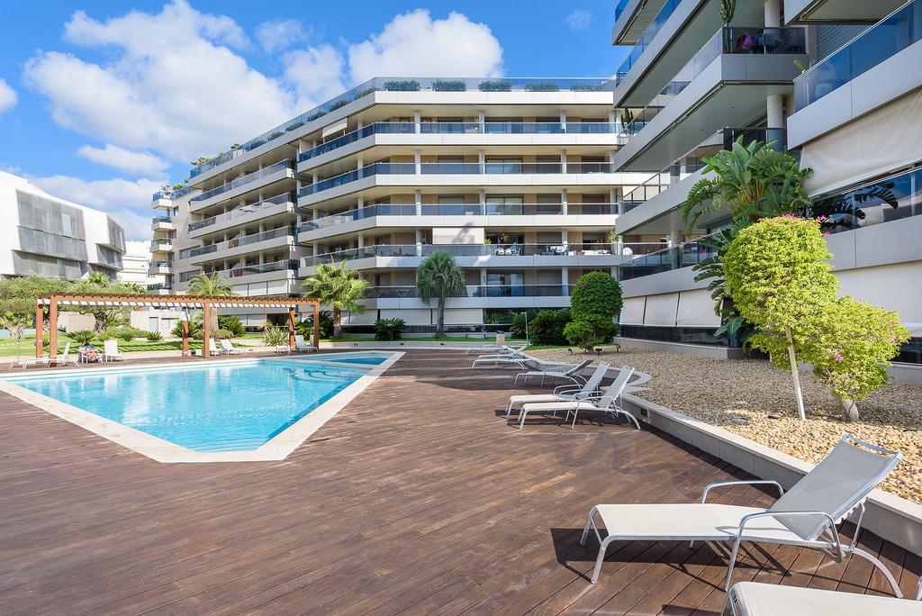 Luxe penthouse met 500m2 terras te koop met 3 slaapkamers