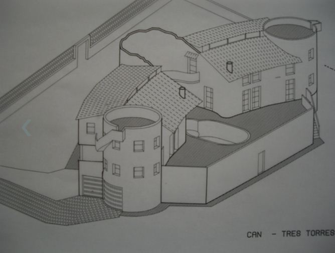 Grote villa met 2 aparte huizen en gastenverblijf in een rustige omgeving