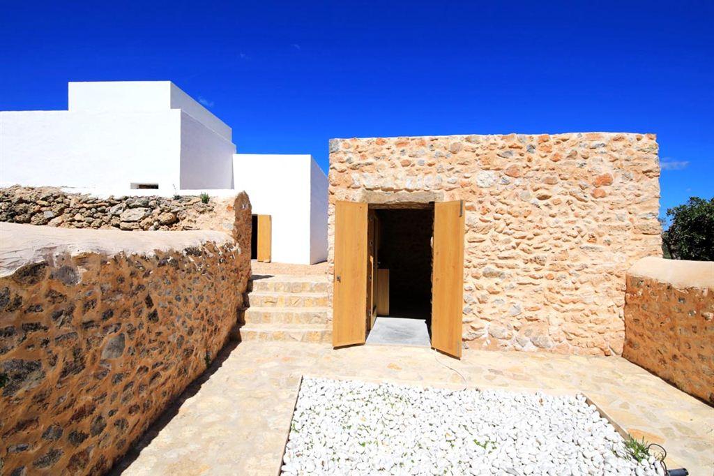 Authentieke boerderij uit de XIX e eeuw te koop op Ibiza