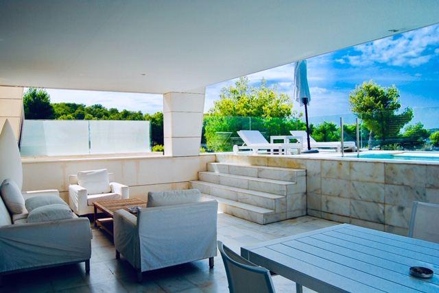 Exclusieve luxe penthouse frontlinie in Es Pouet met privézwembad