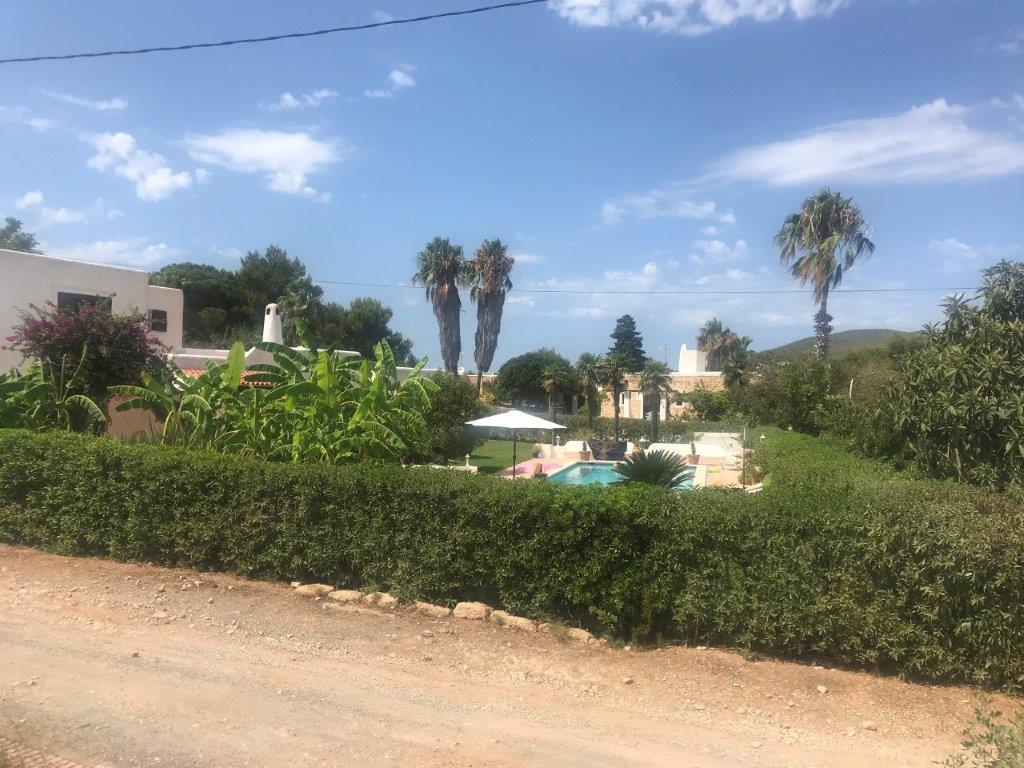 Vrijstaand huis in Siesta vlakbij Santa Eulalia en het strand