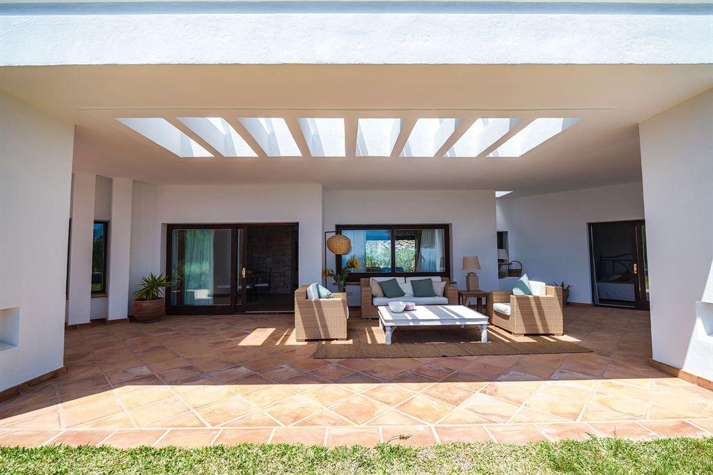 Geweldige villa gelegen tussen Es Cubells met het beste uitzicht op Ibiza
