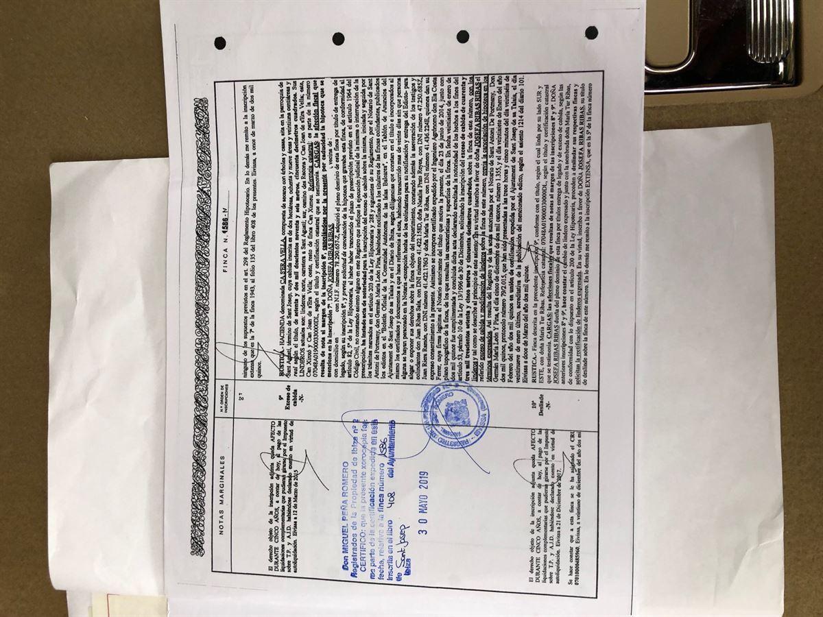 Ruïne en groot land van 72.000m2 in San Agustin te koop