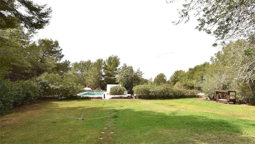 Charmante huis te koop op loopafstand van Santa Eulalia