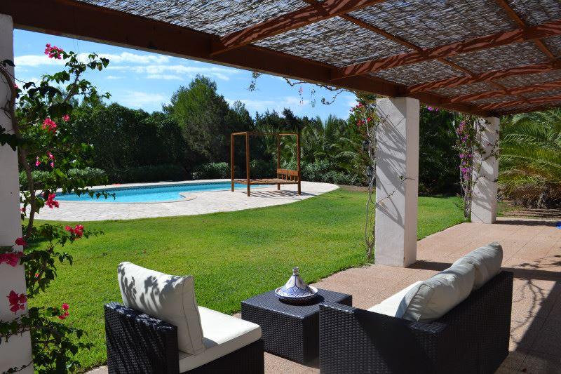 Land van de twee huizen in totaal 5.400 m2 10 minuten naar Ibiza