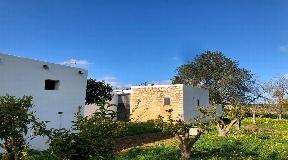 Charmant pand gebouwd in 1804, gelegen tussen San Lorenzo en San Juan
