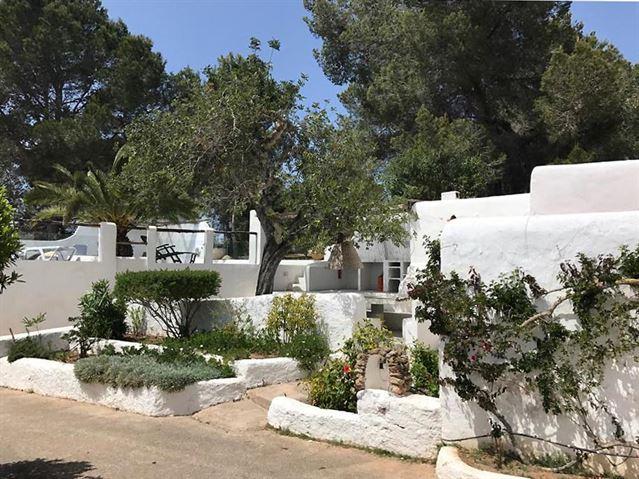 Authentieke semi-vrijstaande woning met prachtige omgeving van Benimussa