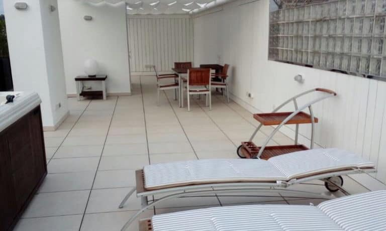 Luxe penthouse te koop in Marina Botafoch