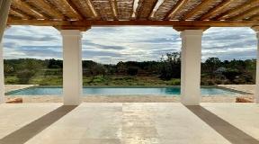 Blakstad finca in Santa Gertrudis met groot zwembad