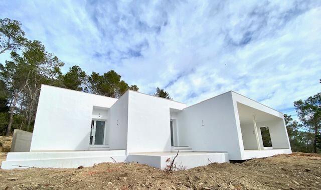 Villa met vijf slaapkamers rond San Mateo op een perceel van 25.000 m2
