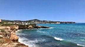 Pas gerenoveerd huis met uitzicht op zee in Ibiza