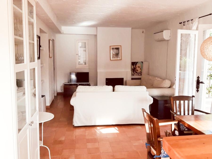 Klein huis in een bevoorrechte omgeving in de buurt van Las Salinas