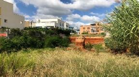Bouwgrond met 11 appartementen plus garages en bergingen in Es Candell