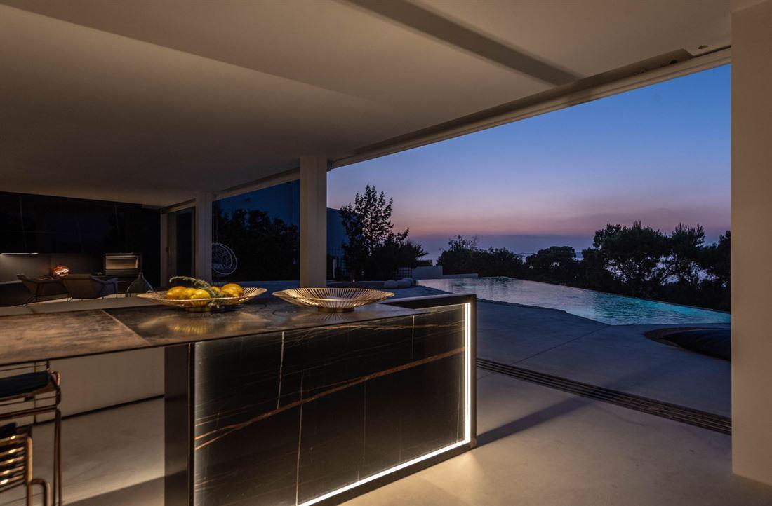 Spectaculaire villa met moderne architectuur in Cala Moli