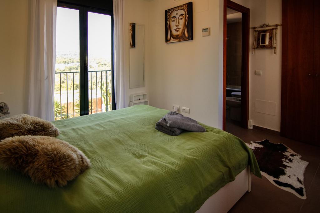 Huis te koop op Ibiza op loopafstand van het strand van Cala Tarida