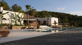 Prachtige villa in een vallei dichtbij San Jose - Ibiza met prachtig uitzicht op de natuur
