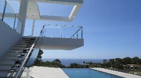 Nieuwe moderne villa te koop in Vista Alegre