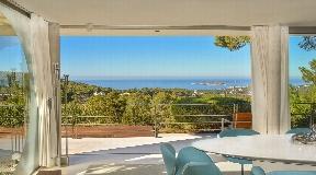 Luxe villa gebouwd door de beroemde Bruno Erpicum