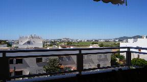 Appartement van 120m2 in Talamanca in een woonwijk met uitzicht op Dalt Vila