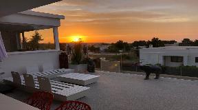 Villa met buitengewone vergezichten al in Cap Nono in Sant Josep