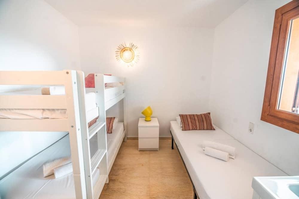 Modern appartement in het hart van Playa D'en Bossa te koop