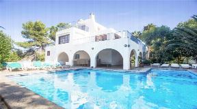 Villa te koop met toeristenvergunning en fantastische huurinkomsten
