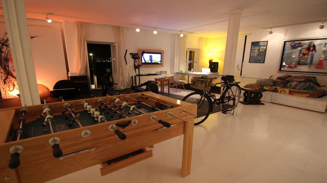 Groot appartement en dakterras in Ibiza-stad te koop