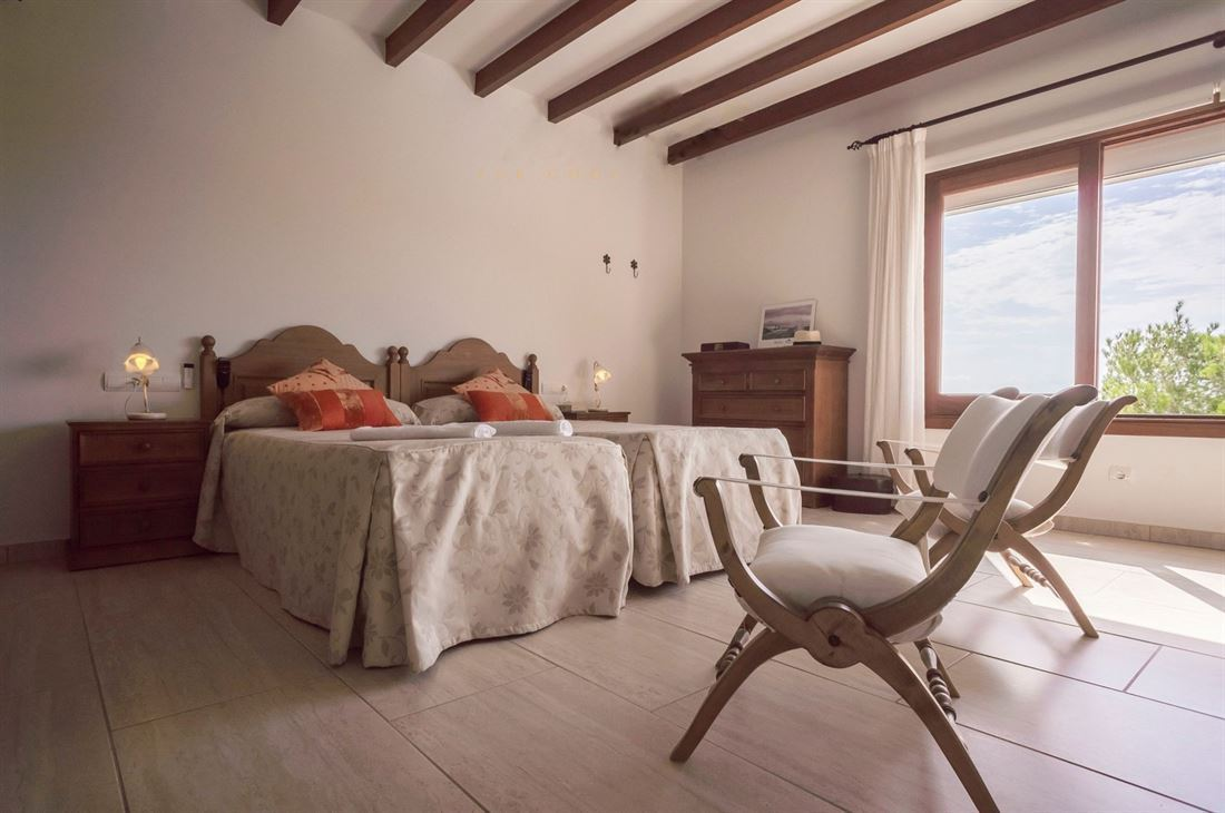 Villa met zeer mooi zeezicht in Cala Llenya te koop
