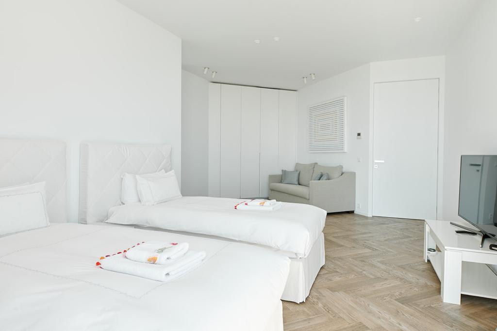 Nieuw gebouwde luxe villa in de buurt van Ibiza met het beste uitzicht op de zee